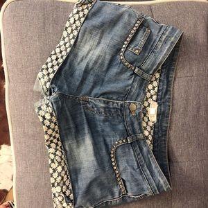 Natural Element jean shorts size M